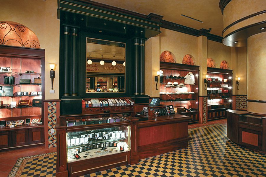 Casa Fuente Cigar Lounge - Bergman Walls & Associates